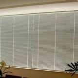 persiana horizontal para quarto
