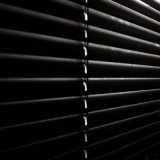 persiana horizontal preta